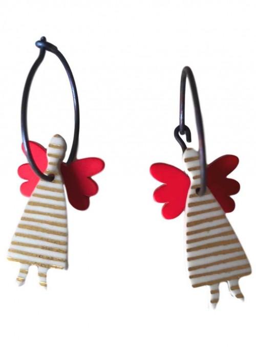 Örhängen, vit ängel med röda vingar.