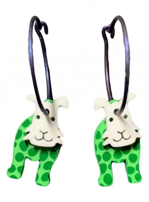 Örhängen grön hund med prickar